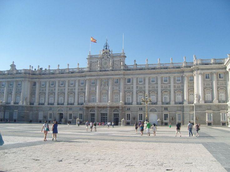 Piękna Hiszpania i wakacje - czy to połaczenie nie brzmi wspaniale? Wyjazd wakacyjny au pair do Hiszpanii to świetny pomysł na spędzenie okresu letniego. Przeczytaj opowiadanie Agaty i dołącz od #HappyAuPair!