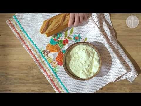 Cómo hacer salsa de yogurt griega (tzatziki)