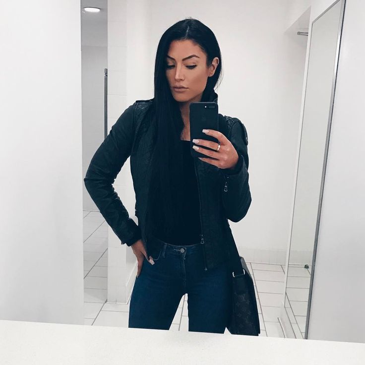 "2,798 Likes, 24 Comments - Natalie Eva Marie (@natalieevamarie) on Instagram: ""Meeting ✔️✍ Now let's werrrk! HAPPY #friyay Hope everyone has a wonderful weekend in this rainy…"""