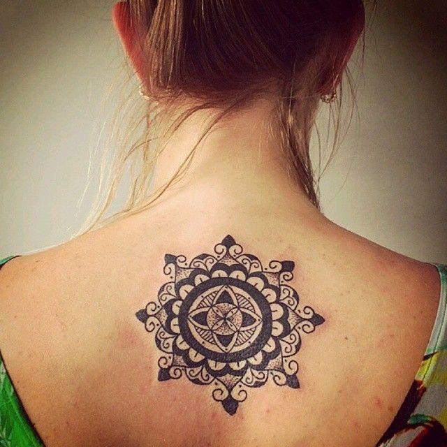 Tattoo feita pelo @joaocaldara ;) #mandalatattoo #sanscrito #pscicodelico…