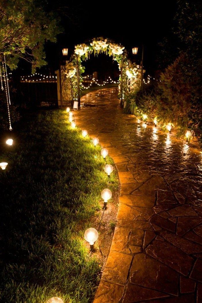 garten gestalten bilder garten beleuchten gartenweg gartenlampen