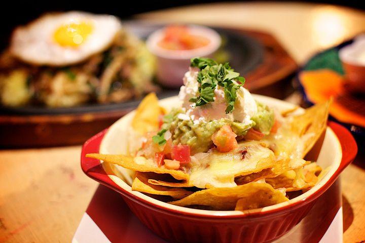 """国際色豊かな琉球メキシコ料理レストラン """"BORRACHOS"""" 沖縄旅行に最適な情報"""