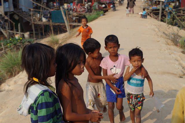 fotos&travels : Dzieciństwo inne niż myślisz
