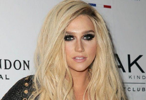Interesting Celebrity Facts – Before They Became Celebs | BlazeStation.com - Part 4