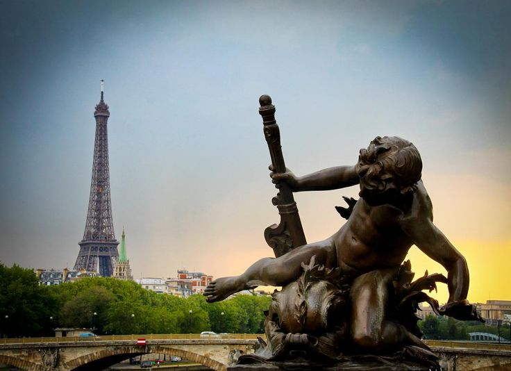 All the happy memories of a Paris walkabout