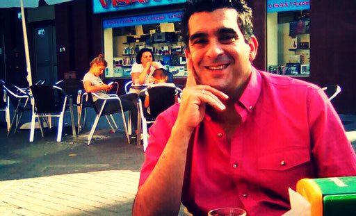 Profesor en Seguridad privada (Acreditado por el Ministerio del Interior del Gobierno de España.(El Servicio Público de Empleo Estatal (SEPE) y Servicio Canario de Empleo ). Director de Seguridad Privada y Protección del Patrimonio (Acreditado por el Ministerio del Interior del Gobierno de España) Jefe de Seguridad (Acreditado por el Ministerio del...