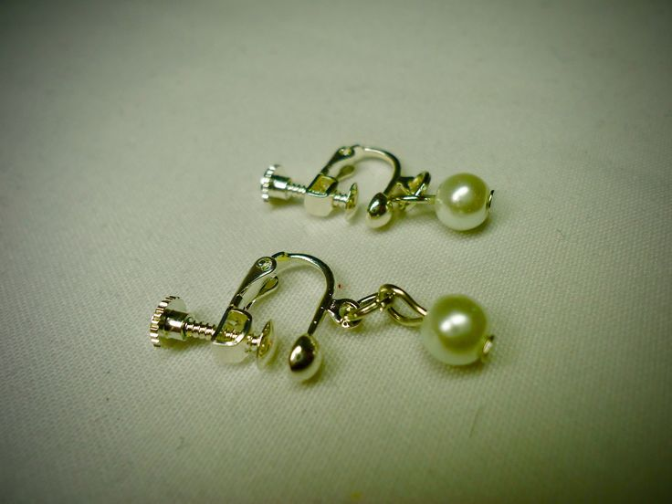 Excited to share the latest addition to my #etsy shop: New Faux Pearl Screw Back Earrings for Women, White Pearl Screw Back Earrings, Art Deco, Mothers day Gift on sale, Free Shipping to Canada https://etsy.me/2G99jHN #jewelry #earrings #silver #artdeco #shell #girls #