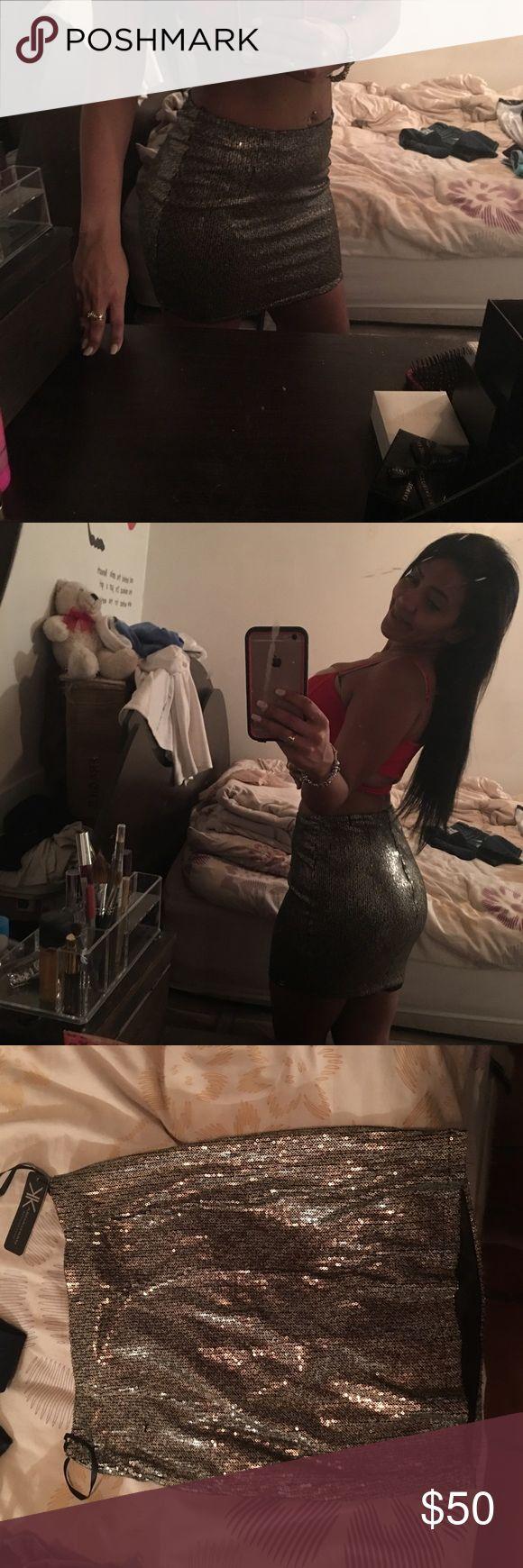 Kim kardashian  skirt xs but is run like s New with tag Kim kardashian Skirts