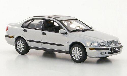 Volvo S40, silber, Modellauto, Fertigmodell, Minichamps 1:43: Amazon.de: Spielzeug