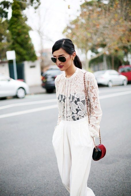 White on white + a pop of graphic color. chic.