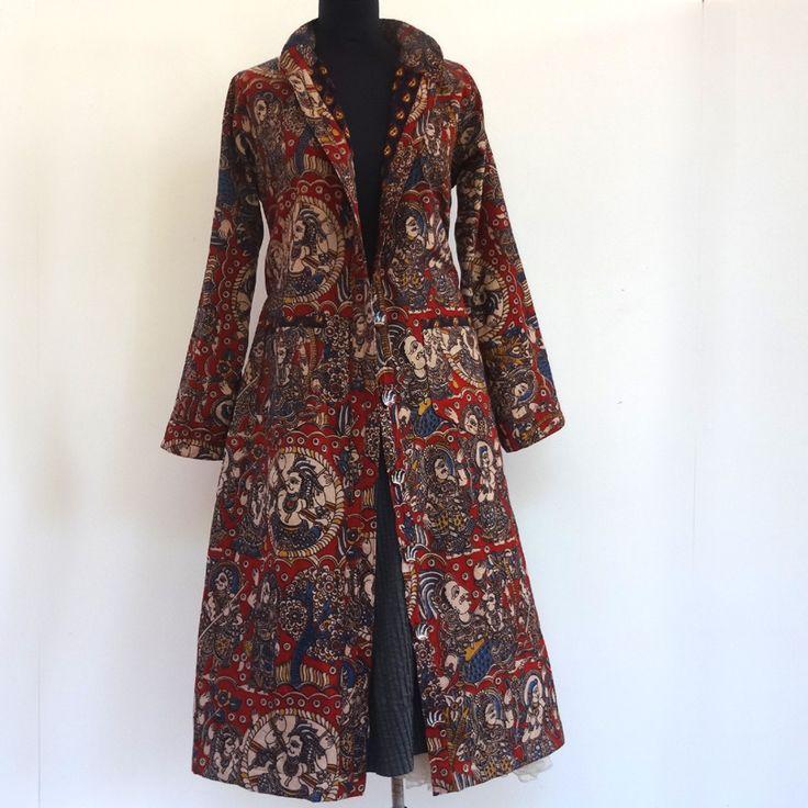 Grand manteau en coton imprimé kalamkari à motifs ethniques rouge et bleu : Manteau, Blouson, veste par akkacreation
