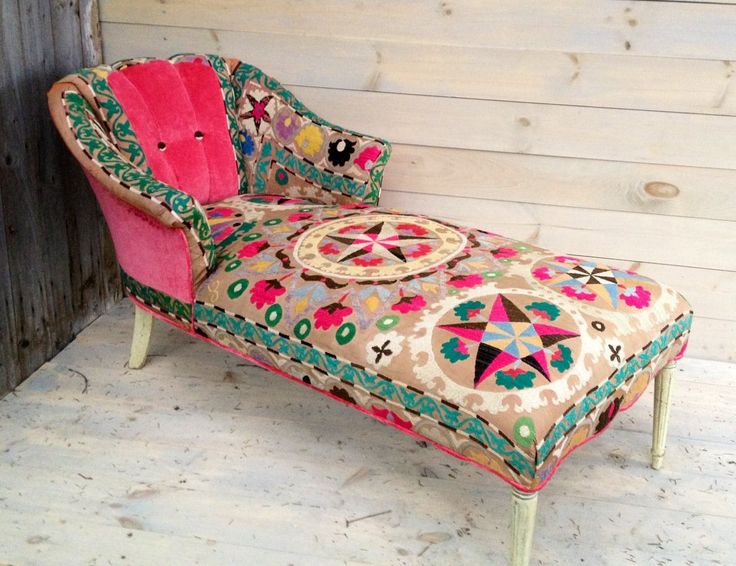 I can so see this in my future. Recovering a fainting couch or combing an old table w vintage chair would work. Cost effective and totally functional. Whimsical w/ shabby chic country