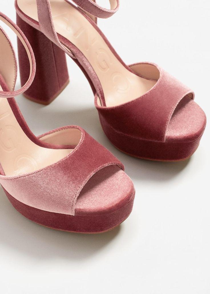 Fluwelen sandalen met plateauzolen   MANGO