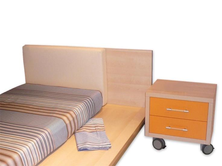 Original dormitorio tatami, por su diseño puede acoger colchones de diferentes medidas: 80, 90, 105 o 120 cms.
