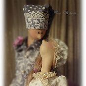 Купить или заказать Текстильная кукла. Домашняя фея. Шарлотта. в интернет-магазине на Ярмарке Мастеров. Замечательная хозяюшка Шарлотта Расторопная, деловитая, всё доглядит, всюду успеет. Незаменимая помощница на кухне! У Шарлотты, как у любой хорошей хозяйки есть коронные рецепты, она ничего не утаивает и щедро делится ими. Вот один из её секретов, это Шоколадно- клубничный кекс (рецепт прилагается) 'Старинный' свиток хранит в себе секрет Шарлотты ... Наряд девочки из натуральных тканей.