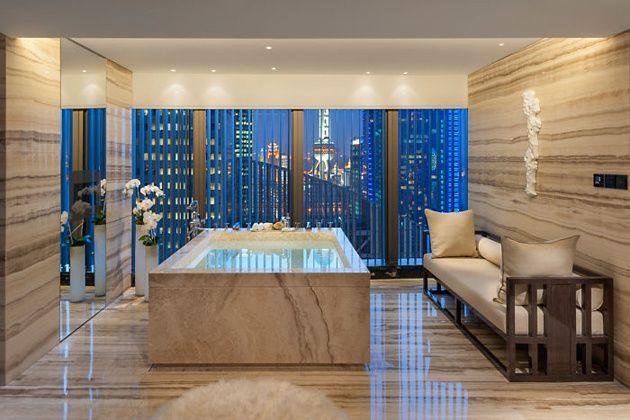 Un baño del Mandarin Oriental Pudong
