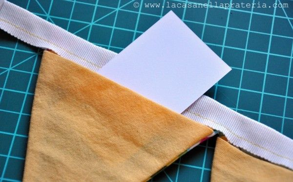 add pockets to bunting to make an advent calendar