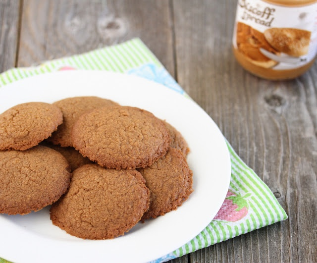 3 Ingredient Biscoff Spread Cookies - 1 cup Biscoff, 1/4 cup+1tbsp flour, 1 large egg