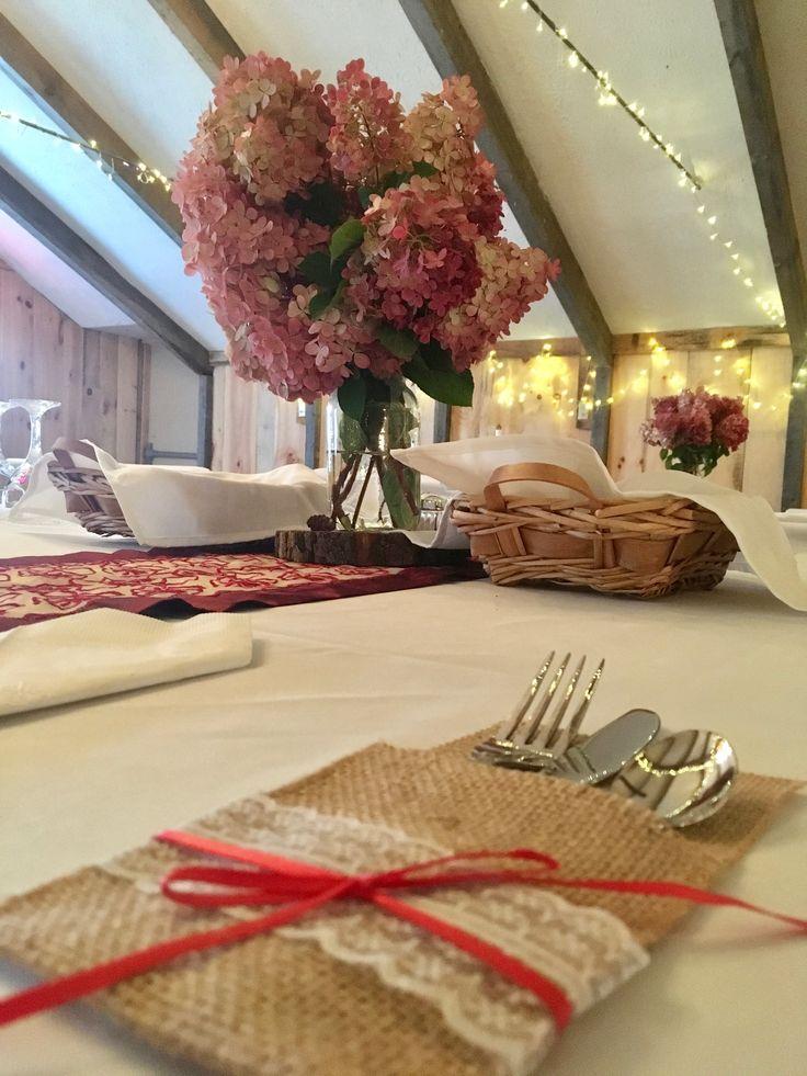 Wedding supper decorations.