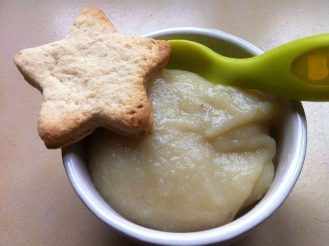 Dessert à la compote et au biscuit - dès 7 mois