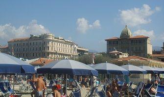 Viareggio, il mare della Versilia