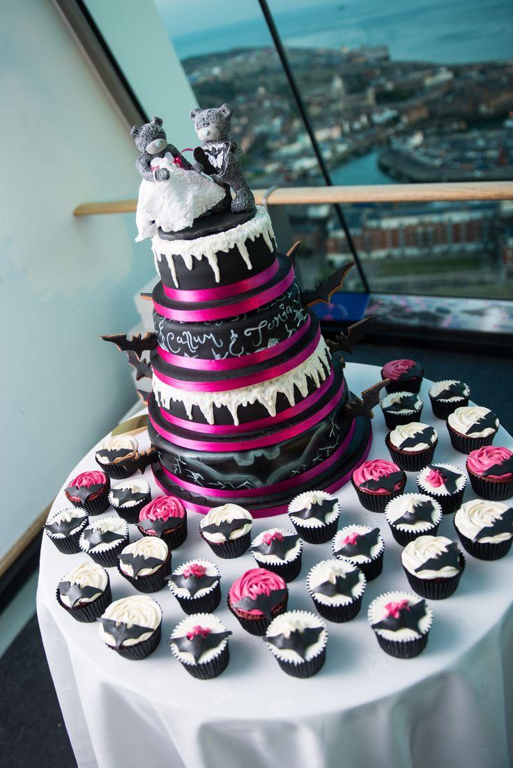 Girl Batman Cake Ideas 106194 Batman Theme Wedding Cupcake