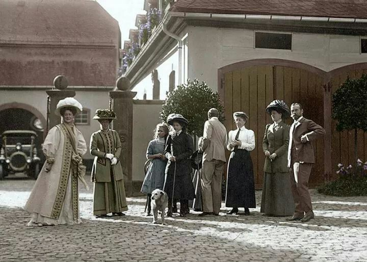 The Imperial Romanov family in Germany.