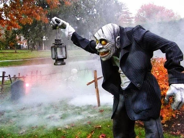 awesome halloween yard decorations 20 admit it great halloween yard displays make you feel all warm inside photos