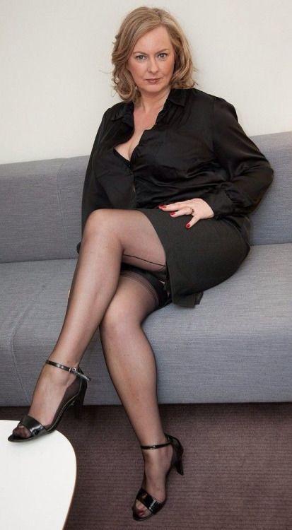 Jeannine oldfield big boobs