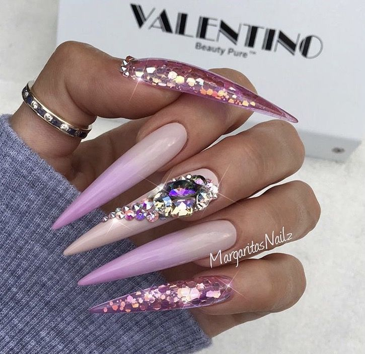360 best Extremely long nails images on Pinterest | Beleza, Nail ...
