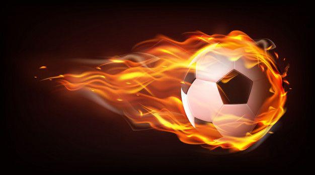 Baixe Bola De Futebol Voando Em Chamas Vetor Realista Gratuitamente Vector Free