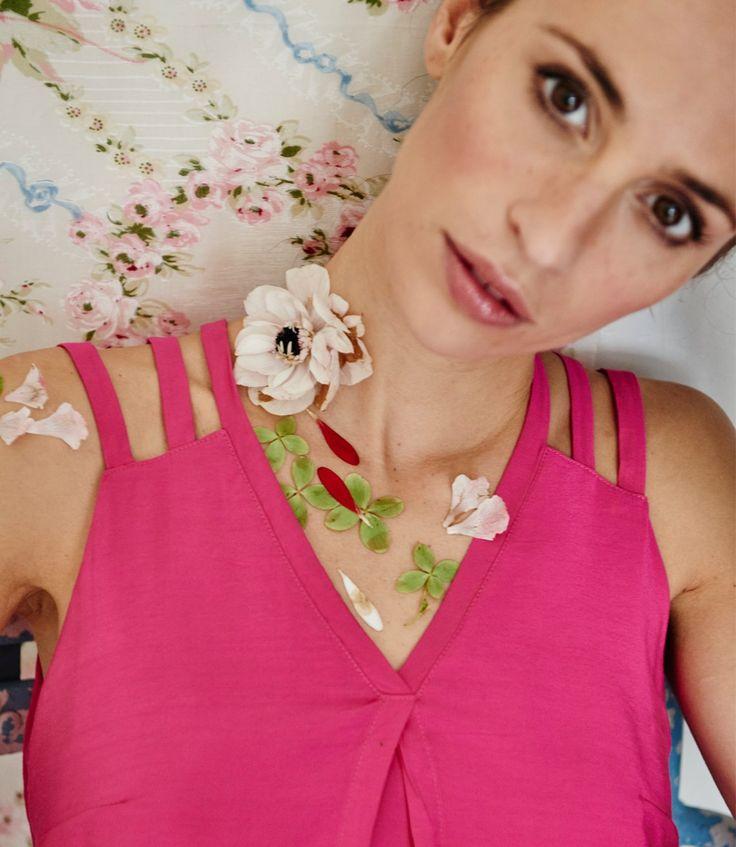 Robe courte rose orchidée pour femme, découpes originales, colorée et pepsy : Nuance