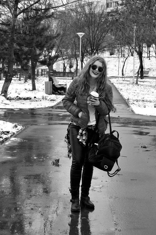 #streetstyle #outfit #winter #blonde #black