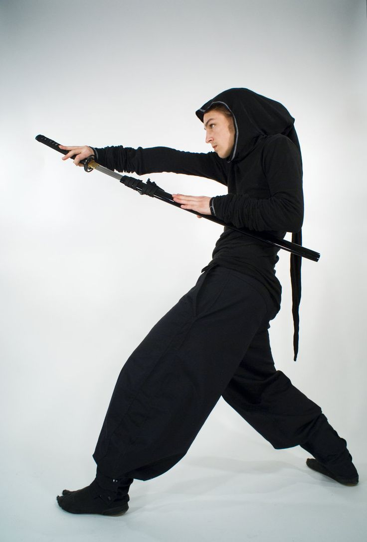 91 best poses sword images on pinterest sword anatomy and