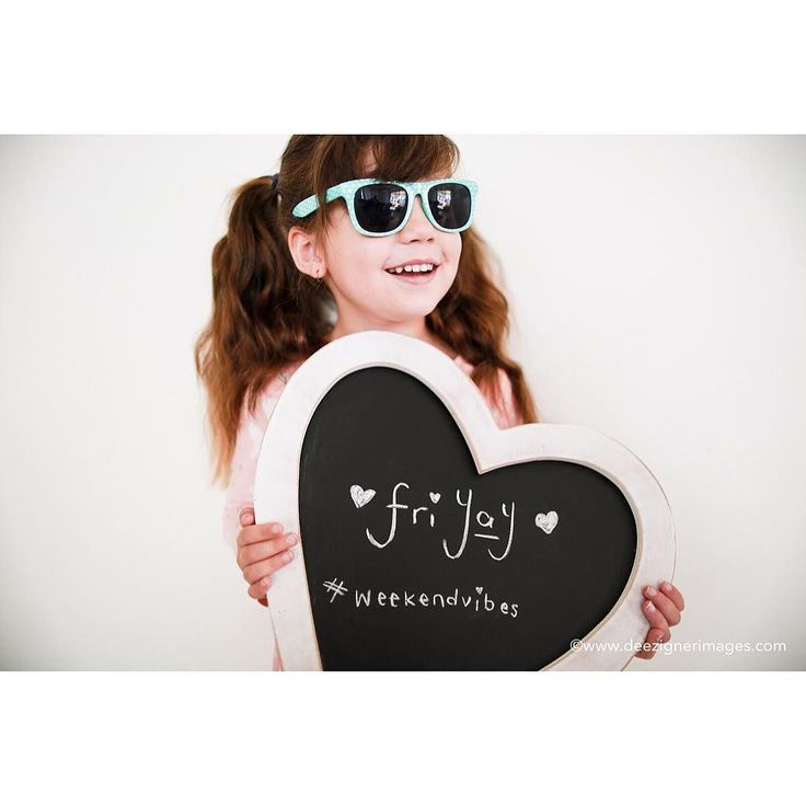 Schools out and this is one happy chicken!! Plus #Ekka weekend is her favourite weekend of the year!  . . . #friyay #Friday #Fridayfun #whenmumisaphotographer #happyweekend #sunnies #happygirl #ekkaweekend #ekkashowday #brisbaneshow