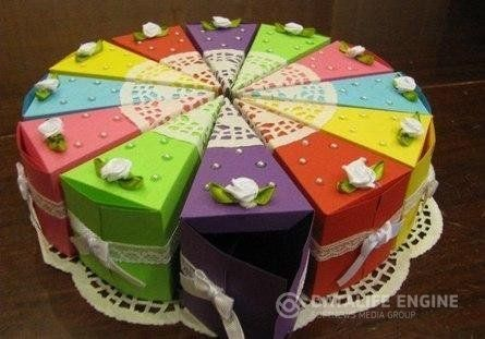 Ideas for handmade - Funny paper cake with wishes with their own hands (17 pictures). Process of making: http://wonderdump.com/ideas-for-handmade-funny-paper-cake-with-wishes-with-their-own-hands-17-pictures/