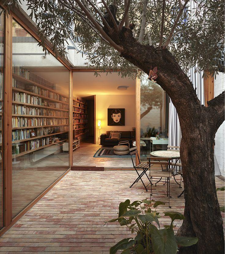 Ricart House Patio in Benimaclet, Spain | Fotógrafa de Arquitectura