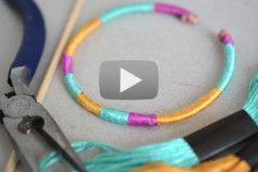 Video - Faire des bracelets avec des piques à brochette - The PopCase