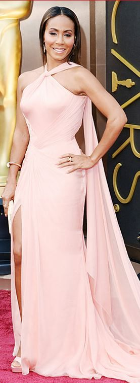 Jada Pinkett Smith: Dress – Versace  Jewelry – Cartier  Shoes and purse Ferragamo