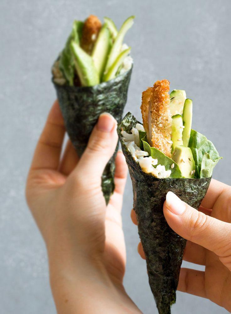 Temaki gevuld met krokante kip, avocado en komkommer. De rijst die ik gebruikt heb is zilvervliesrijst, dit zorgt ervoor dat deze temaki even net wat meer vezels bevatten dan de originele variant. Klik om dit recept te maken!