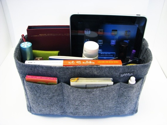 Ohh, cool, i didn't think of using felt for a purse organizer - no need for interfacing?