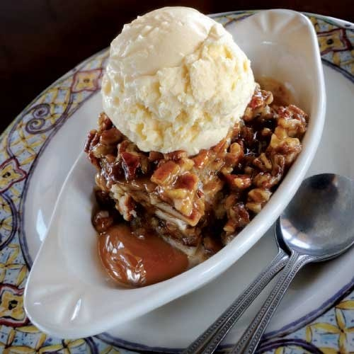 Mielsog - an Irish traditional treat made of Irish cream liqueur, pecans, heavy cream, and topped with caramel sauce.