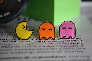 Les PacMan. Boucles d'oreilles en plastique fou, PataChna