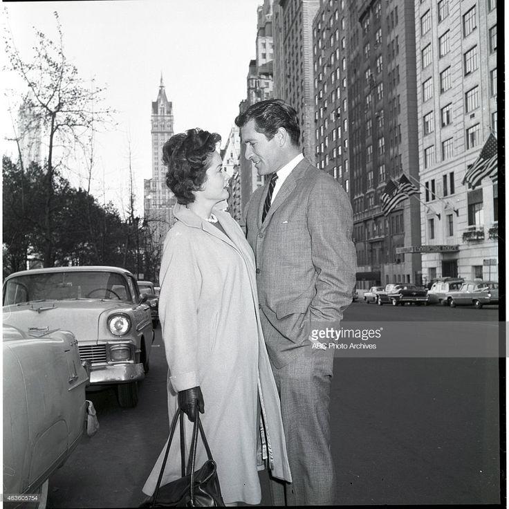 EARP - Hugh O'Brian Around NY - Shoot Date: March 22, 1959. HUGH O