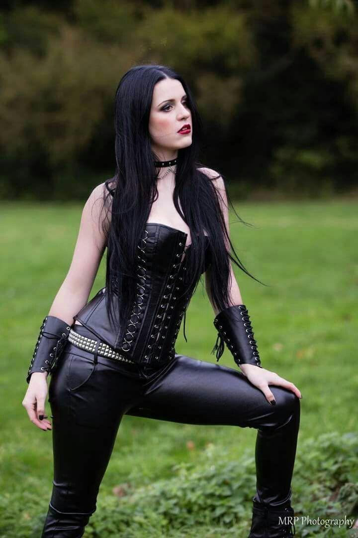 goth-girl-ripped-naughty-naruto-sex-hinata