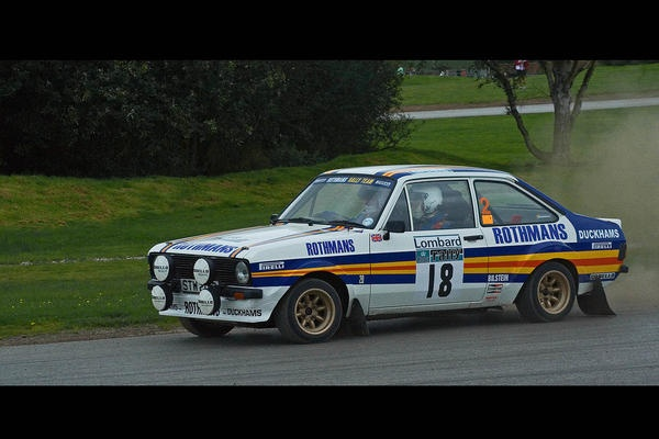 Ford escort rothmans rally team