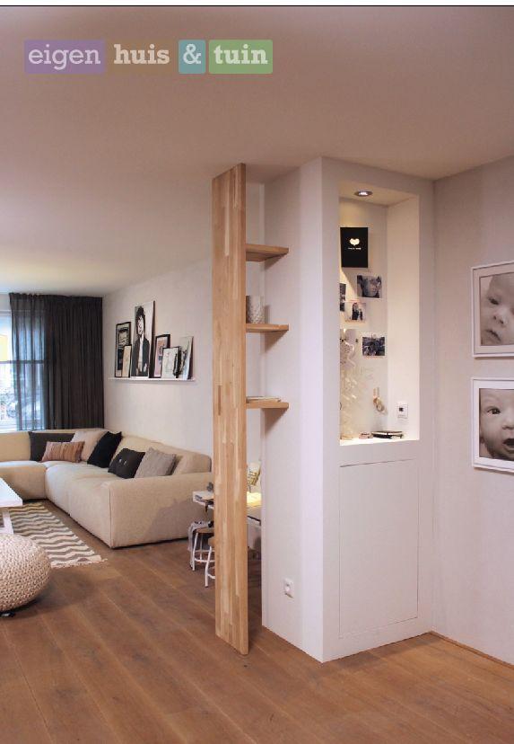 Woonkamer | Living ✭ Ontwerp | Styling ✭ Marijke Schipper Idee voor boekenkast tussen halletje en lichte woonkamer