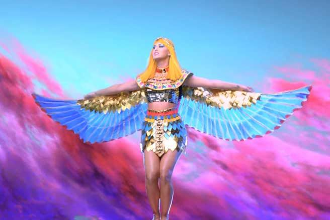 Katy Perry Dark Horse Video - Elle