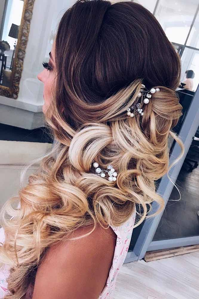 36 Cutest and Most Beautiful Homecoming Hairstyles ★ Fabulous Ideas of Homecoming Hairstyles for Long Hair picture 1 ★ You possibly have selected your shoes and outfit, now it's time for the best homecoming hairstyles. Here are some hairstyle ideas for medium to long hair. http://glaminati.com/homecoming-hairstyles-medium-long-hair/