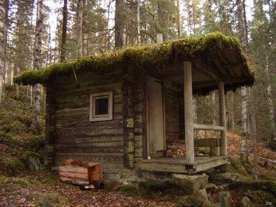 An old traditional outdoor sauna - Bruce will build one for me